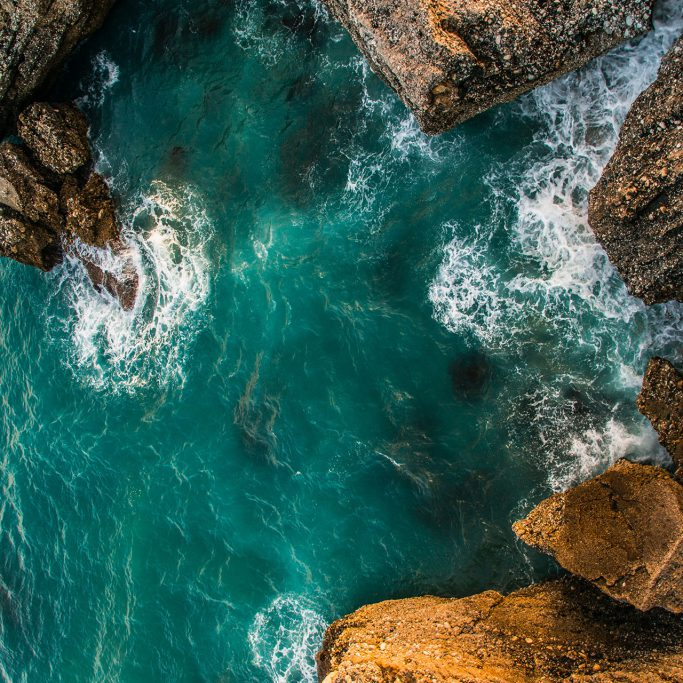 body-of-water-aerial-photography-392586
